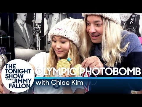 Snowboarding Olympic Gold Medalist Chloe Kim and Jimmy Fallon Photobomb