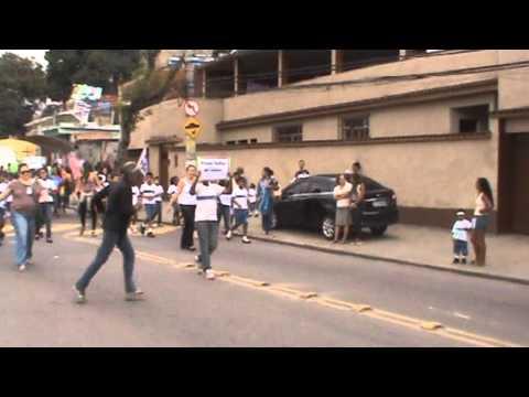 Desfile Cívico E.M. Claudio Ganns