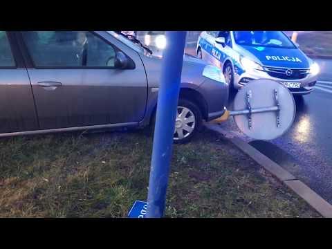 Wideo: Kolizja fiata i renault przy Hutniczej w Lubinie