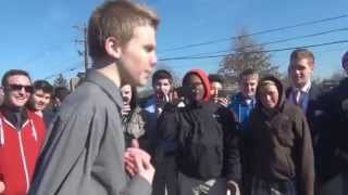 Video White Kid Kills it in High School Rap Battle (Ashtin Larold) MP3, 3GP, MP4, WEBM, AVI, FLV Juni 2018