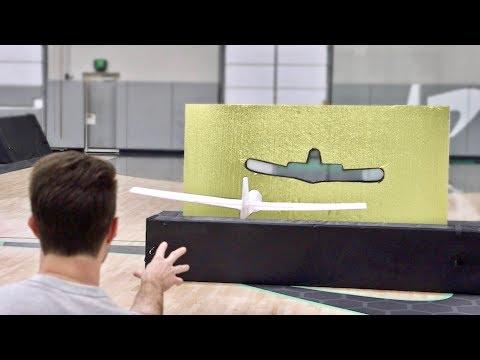 Airplane Trick Shots 2 | Dude Perfect - Thời lượng: 6 phút và 52 giây.