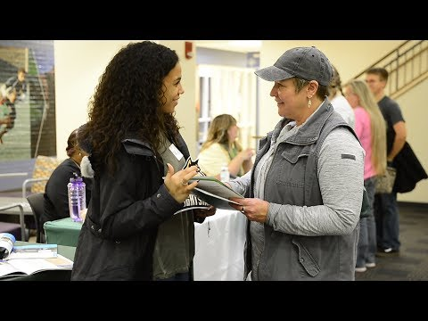 Video thumbnail: New students take advantage of Wright Choice event