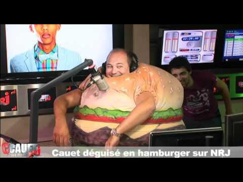 Cauet déguisé en hamburger - C'Cauet sur NRJ