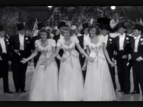 Tekst piosenki The Andrews Sisters - Strip Polka po polsku