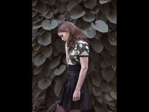 Marit Larsen - Fences lyrics