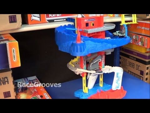 Matchbox Cliff Hanger Shark Escape Playset Review