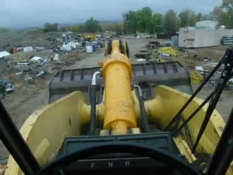 KOMATSU CARGADORES DE RUEDAS WA-900-IL equipment video OyYP4K8lAYg