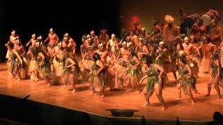 http://www.rarolens.com - A short video showing some of the highlights of the Puaikura (Arorangi) pe'e (chant) at this year's Te ...