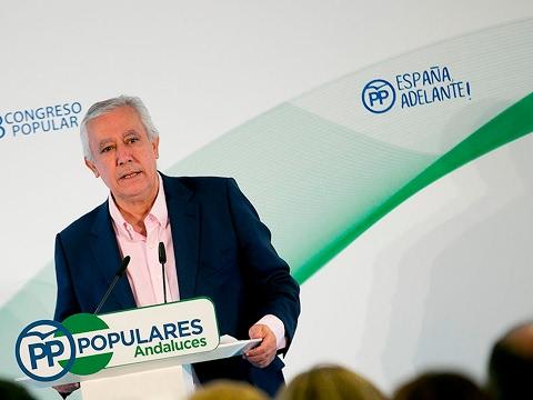 """Arenas: """"Algunos quieren inventar ahora la democracia en España, que lleva inventada décadas"""""""
