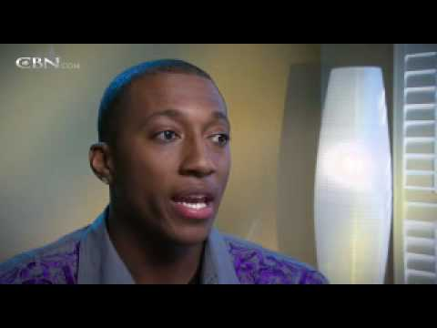 Lecrae Moore: Finding a Father in God – CBN.com