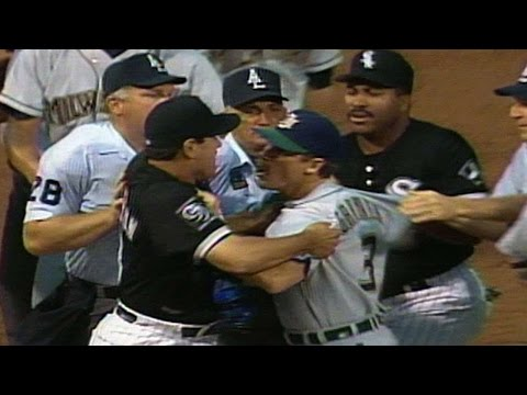 Video: Coaches get into a fight near third base