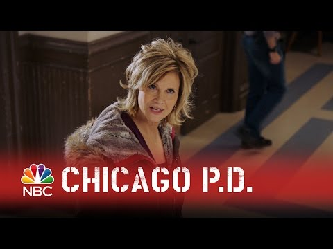 Chicago PD - Who's Her Daddy? (Episode Highlight)
