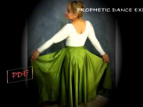 trajes de danza cristiana - design and make dance garments contact me at my Facebook page and webpage PROPHETIC DANCE EXPRESSIONS. Diseño y hago atuendo de danza (costuro vestuario de d...