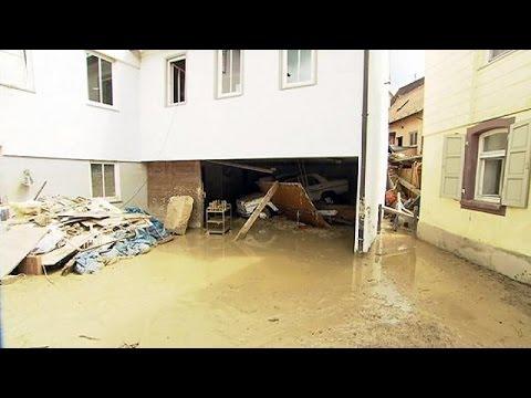 Γερμανία: Πρόσφυγες-εθελοντές κατά των πλημμυρών