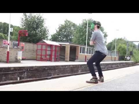 lunar - Smash Things Up | Lunar C produced by Pete Cannon taken from 'Not Good At Life' ep video filmed and edited by Majorkuts Subscribe to the channel here http://...