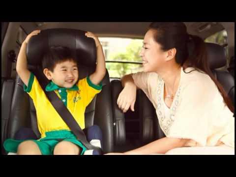 兒童乘坐小型車後座繫安全帶30s
