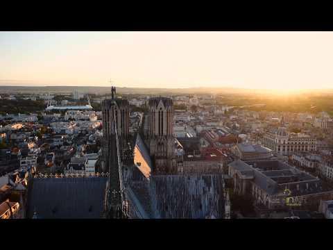 Cathédrale Notre-Dame de Reims avec drone