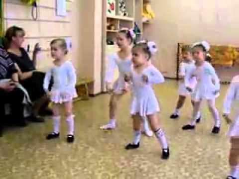 Funny Little Kids Dancing (Must Watch!!!)