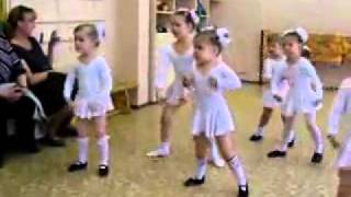 Funny Little Kids Dancing (Must Watch!!!)