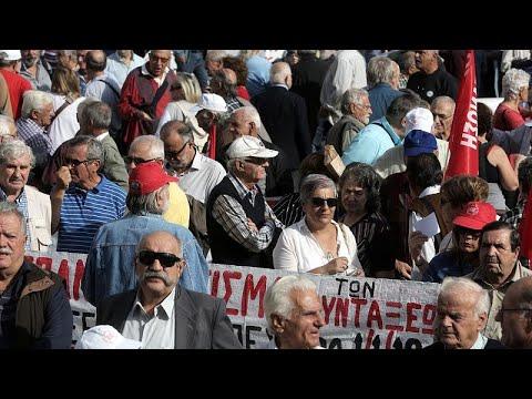 Στους δρόμους οι συνταξιούχοι για να μην γίνουν νέες μειώσεις…