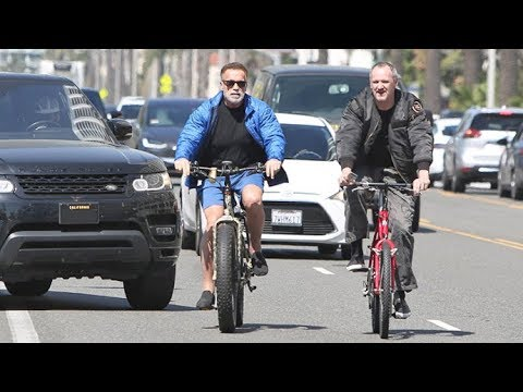Arnold Schwarzenegger Narrowly Avoids Collision While Biking From Santa Monica To Venice