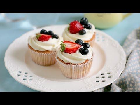 Thơm ngon, thanh mát với cupcake kem tươi cho hè thêm vui