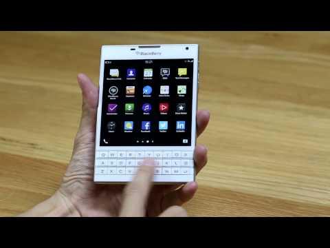 Trên tay BlackBerry Passport màu trắng