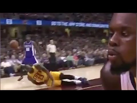 LeBron James FLOPS, Gets SAVAGELY TROLLED by Sacramento Kings on Twitter with Lance Stephenson Meme