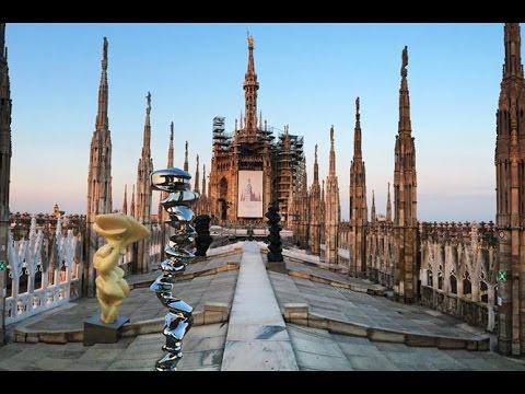 Tony Cragg e le guglie del Duomo di Milano