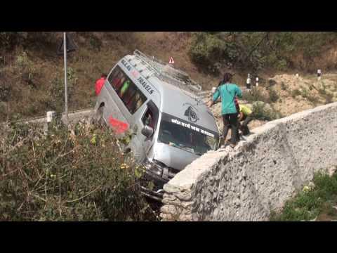 (सिन्धिलिमा गाडी दुर्घतना हुँदा ल हेर्नुस् यो भिडियो - Duration: 78 seconds.)