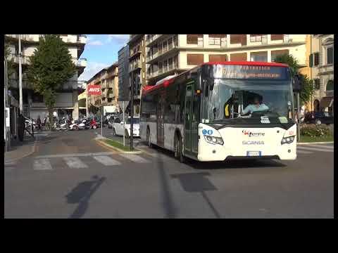 Transenne pedonali alla stazione di Arezzo