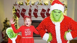 Video THE GRINCH Christmas Challenge to catch Santa Clause MP3, 3GP, MP4, WEBM, AVI, FLV Mei 2019