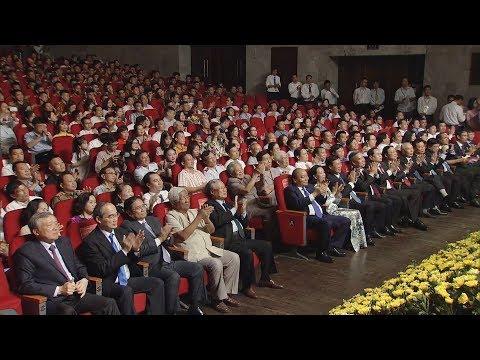 Thủ tướng dự Lễ trao Giải báo chí toàn quốc