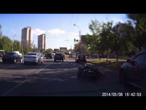 Легкое авария в Днепропетровске