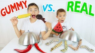 Video GUMMY FOOD VS REAL FOOD CHALLENGE - Bonbons ou Vraie Nourriture ? MP3, 3GP, MP4, WEBM, AVI, FLV Juli 2017