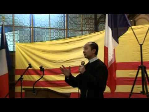 Buổi Nói chuyện của LM Nguyễn Văn Khải tại Paris 15-4-2012.wmv