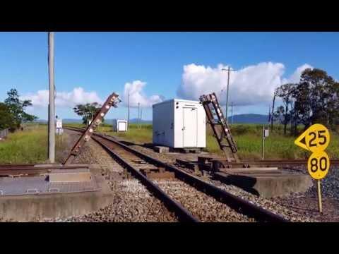 skrzyzowanie-kolejowe-i-tory-zwodzone