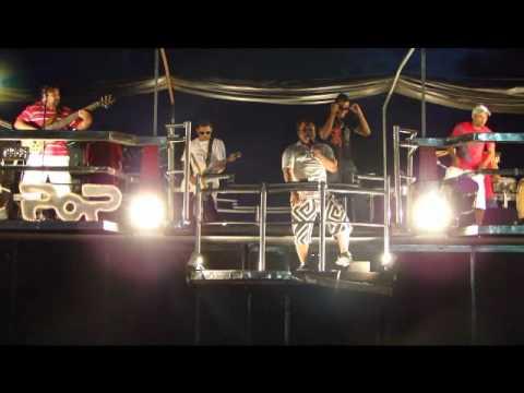 Banda Axe-Pop homenageia o ATLANTICANEWS no carnaval de Cabrália 2010