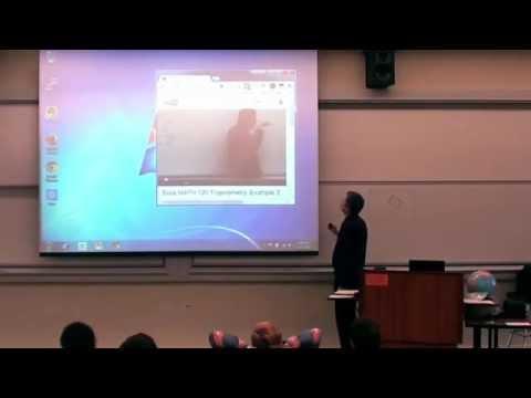 這位大學教授在愚人節那天,在課堂上證明了什麼叫「神人級」惡作劇!