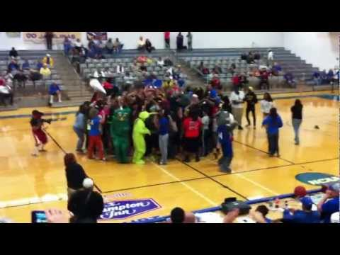 TAMUK Men's Basketball Harlem Shake 2013