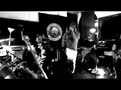 Abuse Your Illusion – GnR Tribute