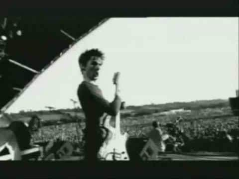 Tekst piosenki Muse - Instant Messenger (Pink Ego Box) po polsku