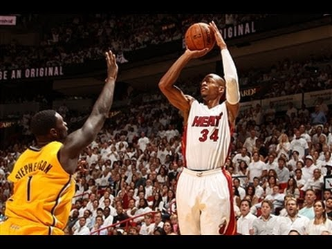 Heat 99:87 大胜 Pacers, 拿下系列赛第三场 .