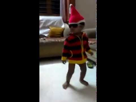 Funny Baby Videos- Baby Santa Claus Dancing to Balle Balle