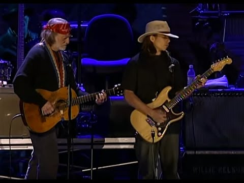 Willie Nelson & Lukas Nelson - Texas Flood (Live At Farm Aid 2004)