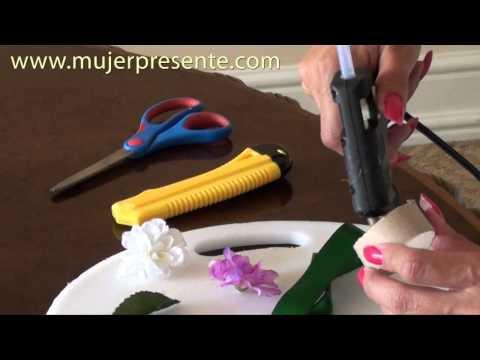 Servilleteros - Lee este artículo en http://www.mujerpresente.com/2012/03/video-manualidades-con-beatriz-guajardo.html Beatriz Guajardo nos enseña a hacer unos lindos servil...