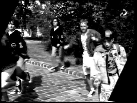 Momo - Egy zöld versenybringa