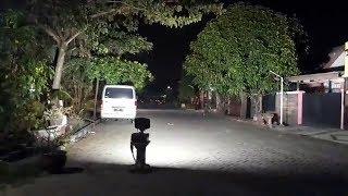 Video Detik-detik Polisi Ledakkan Bom Milik Terduga Teroris di Wisma Indah Permai Surabaya MP3, 3GP, MP4, WEBM, AVI, FLV Januari 2019