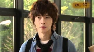 Download Video Beso Travieso II - P.K. (Kim Hyun Joong) MP3 3GP MP4