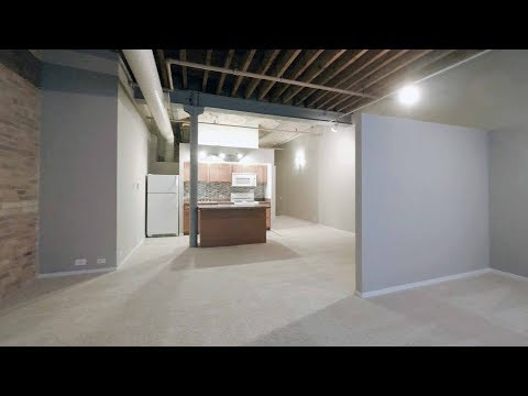 A large alcove studio loft in Old Town at Cobbler Square